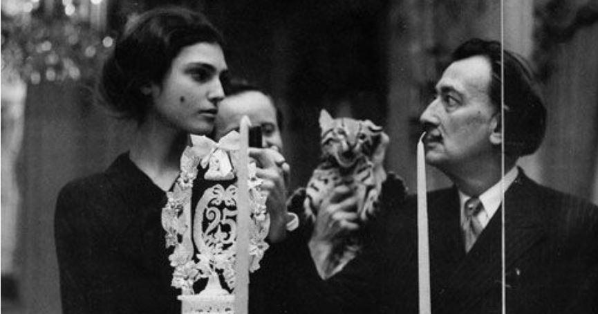 Benedetta Barzini con Salvador Dalì